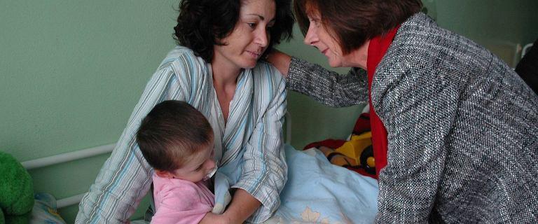 """Pierwsze damy na granicy. """"Maria Kaczyńska byłaby tam razem z nimi"""""""
