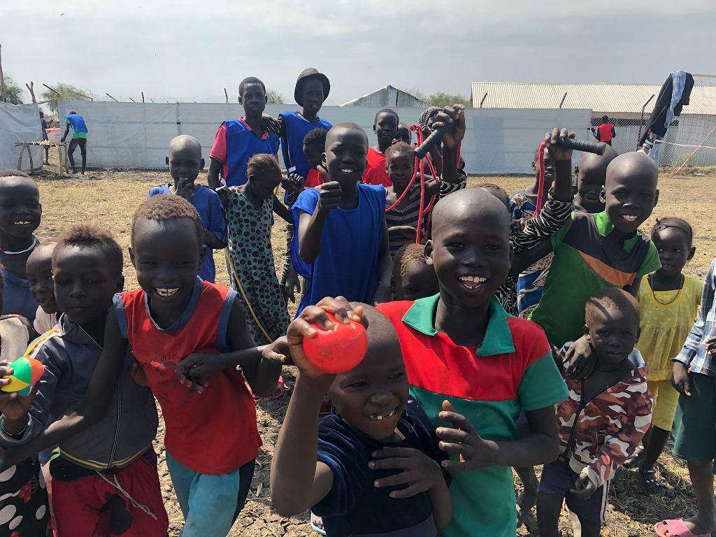 Chwila radości dla dzieci z Sudanu Południowego