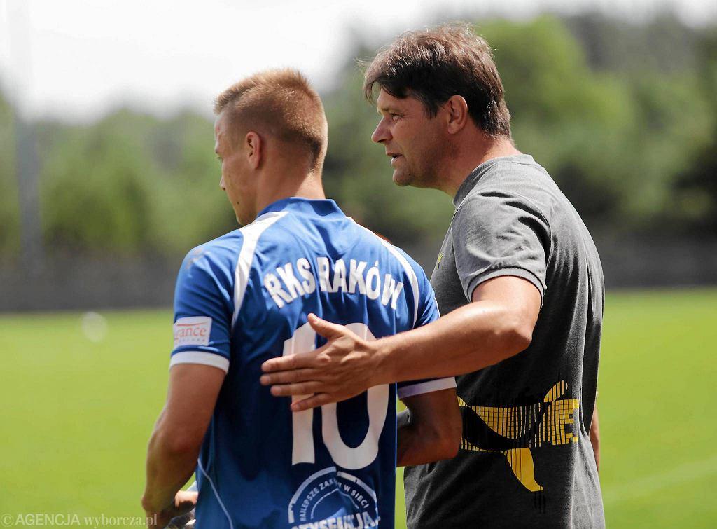 Mecz sparingowy Raków Częstochowa - Puszcza Niepołomice na boisku w Truskolasach