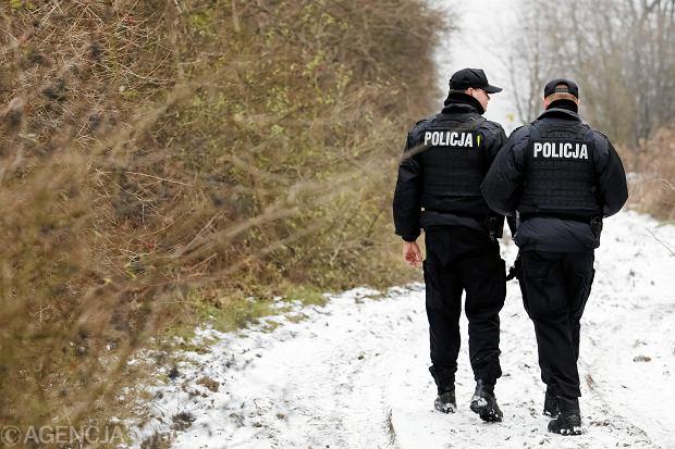 Zmarł 40-letni bezdomny z Głogowa. Dwóch policjantów oskarżonych o zaniedbanie