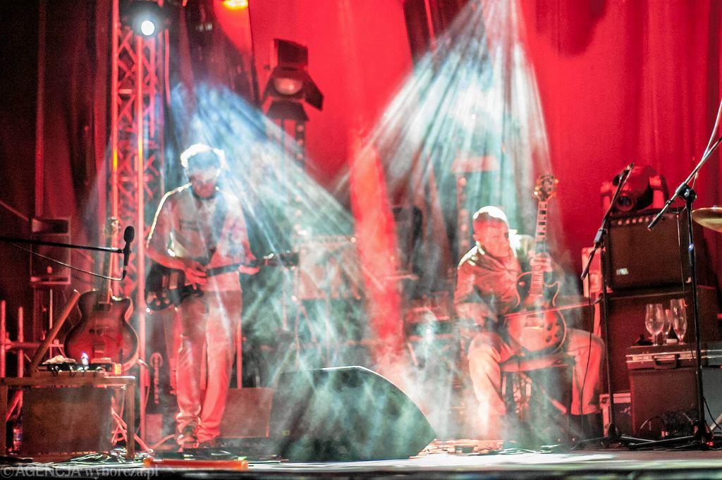 15. MFF T-Mobile Nowe Horyzonty: koncert wrocławskiej grupy Kormorany w klubie festiwalowym w Arsenale