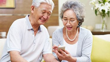 Przeciętny Japończyk żyje 83,7 lat - o 6 lat i 2 miesiące dłużej niż Polak. Na emeryturę przechodzą w podobnym wieku, ale całkiem inaczej na niej żyją.