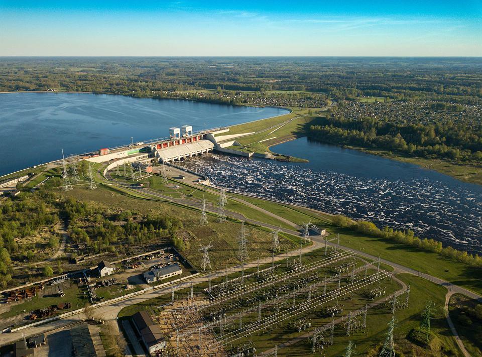 Łotwa, Plavinas, hydroelektrownia na rzece Dźwinie.