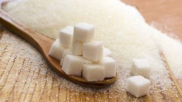 5 łyżeczek - tyle wg WHO powinna wynosić dzienna, bezpieczna porcja cukru