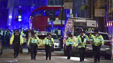 Londyn. Samochód wjechał w tłum ludzi na London Bridge