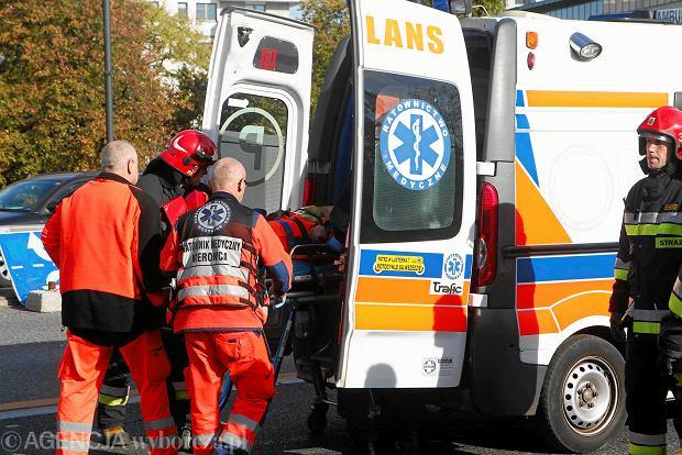 Wypadek na Czerniakowskiej w Warszawie. Nie żyje mężczyzna potrącony przez ciężarówkę