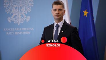 Dariusz Piontkowski: Nie będzie obowiązku zasłaniania ust i nosa w szkołach