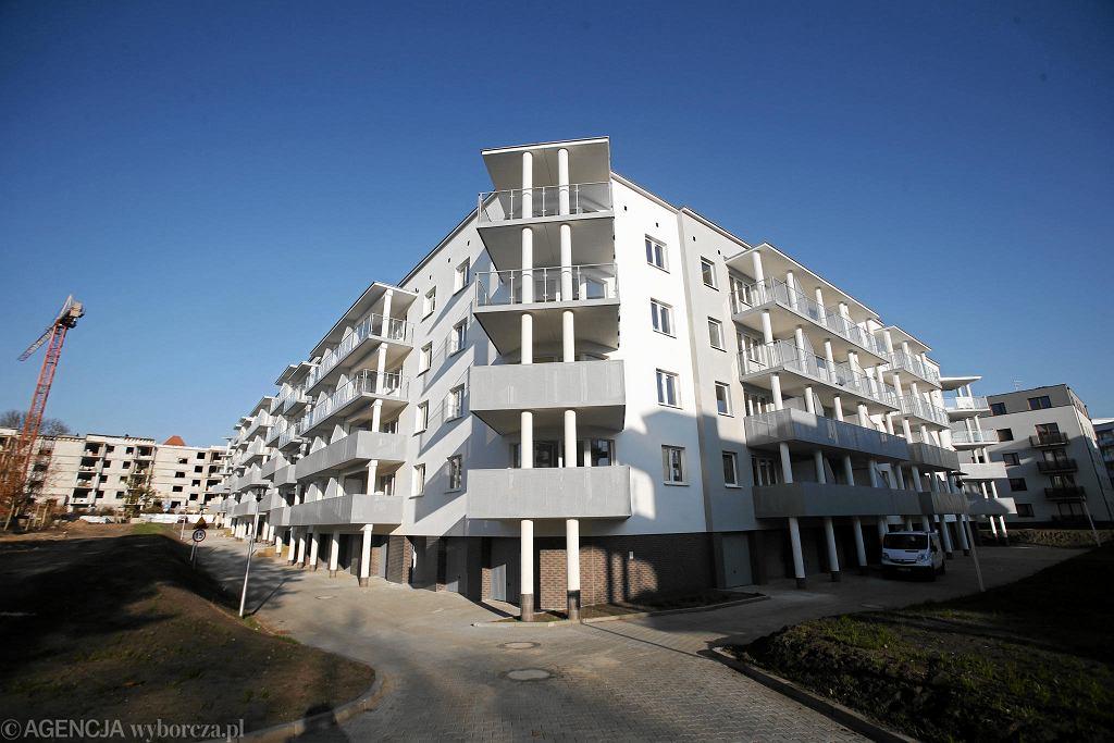 Os. Lewandowskiego, budynek oddany w pierwszym etapie
