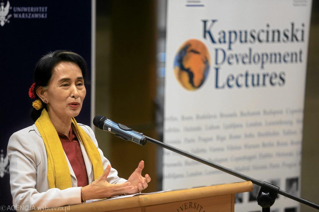 Wyklad Aung San Suu Kyi