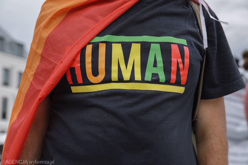Argentyna wprowadziła trzecią płeć do dowodów osobistych i paszportów. 'Istnieją inne tożsamości'