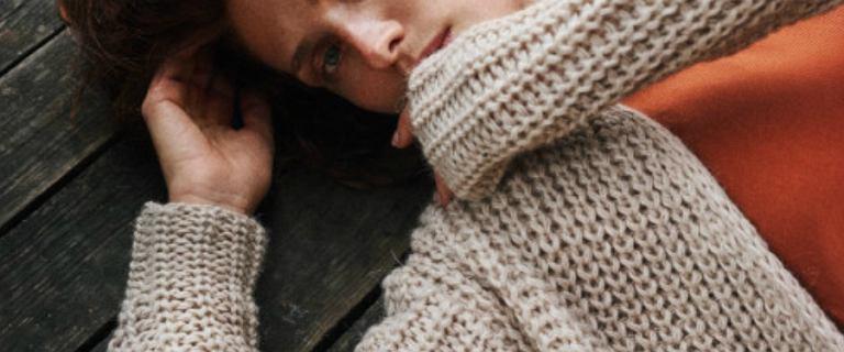 Długie kardigany idealne do jesiennych i zimowych stylizacji