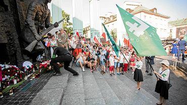 ONR pod pomnikiem Powstania Warszawskiego podczas tegorocznych obchodów rocznicy wybuchu powstania
