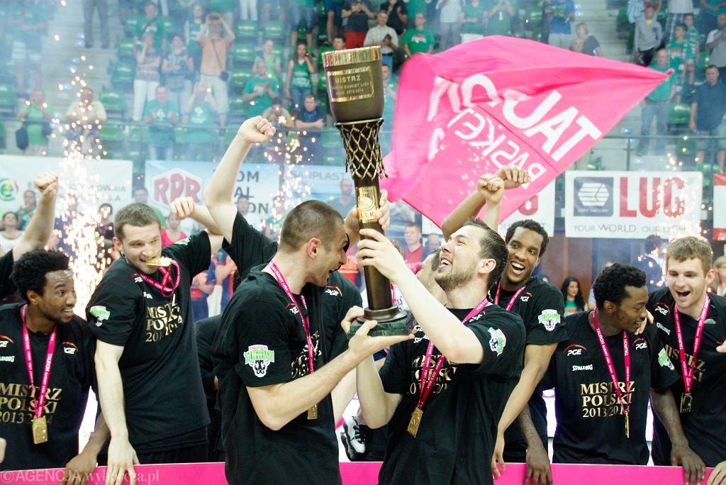 Koszykarze Turowa po raz pierwszy w historii zdobyli mistrzostwo Polski, a teraz zadebiutują w Eurolidze