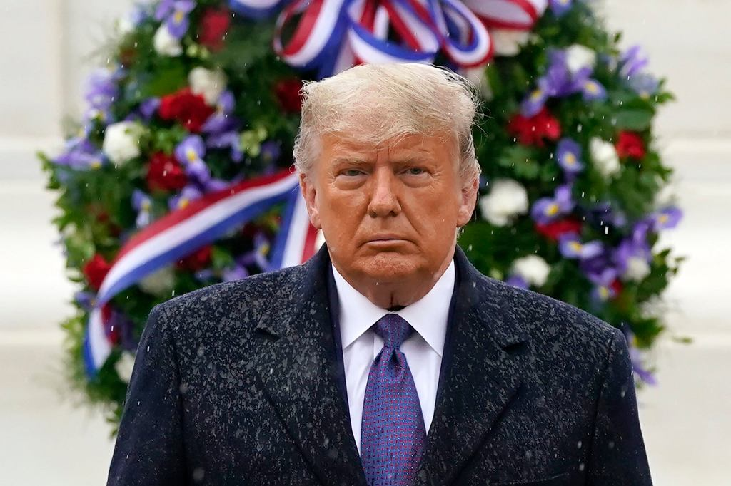 Donald Trump po raz pierwszy w przestrzeni publicznej od sześciu dni