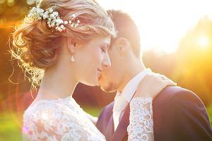 Suknie ślubne 2021 - przekonaj się, co czeka na panny młode w nadchodzącym roku