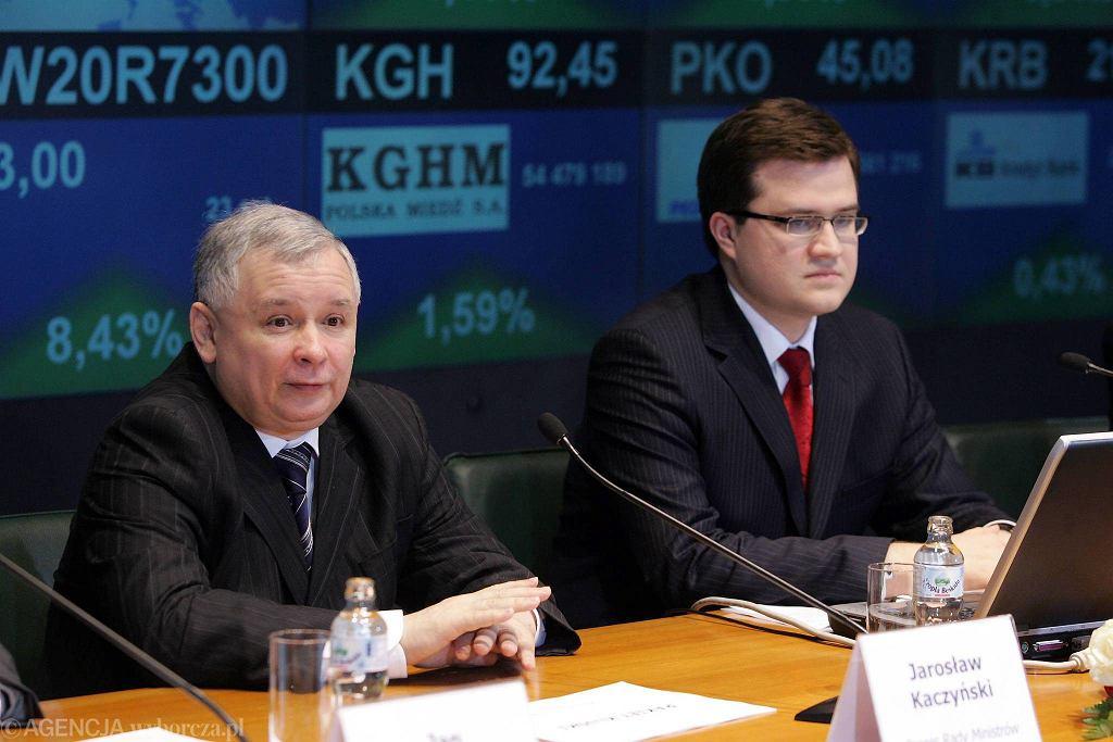 Jarosław Kaczyński i Michał Krupiński prezentują na giełdzie