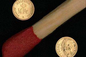 Oto najmniejsza złota moneta na świecie