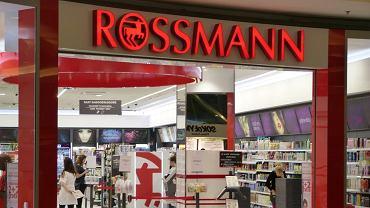Rossmann Walentynki 2021. Specjalna promocja nie tylko dla zakochanych. Co kupimy taniej?