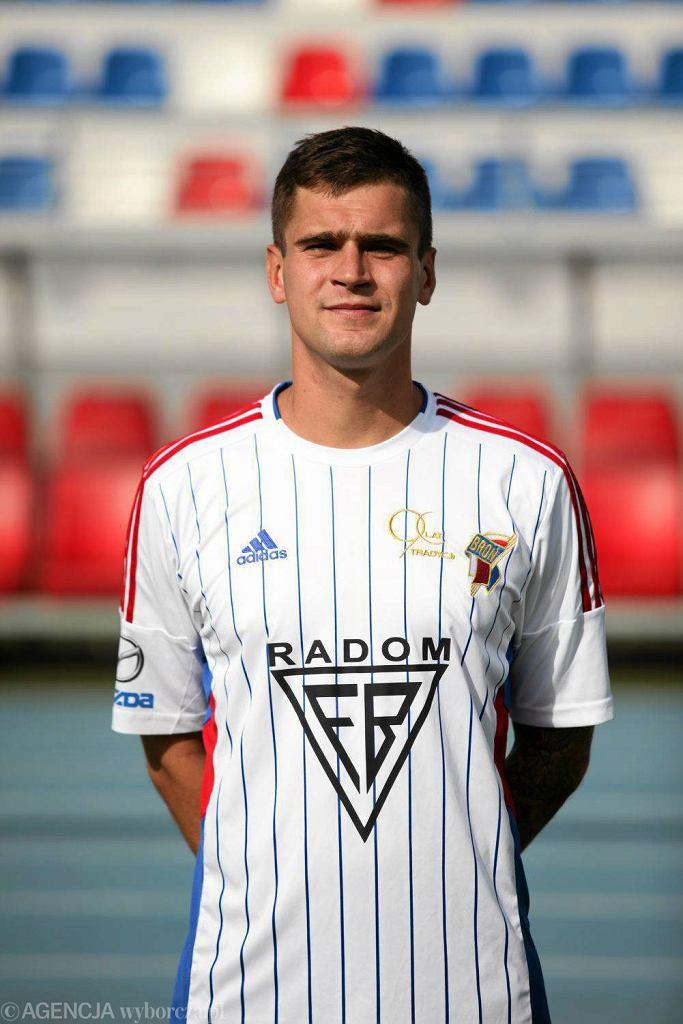 piłka nożna, Arkadiusz Oziewicz zdobył dwa gole dla Broni w spotkaniu z Oskarem Przysucha