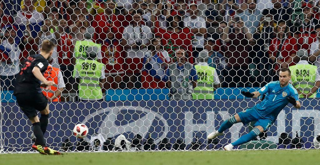 MŚ 2018. Chorwacja - Rosja, Ivan Rakitic strzela decydującego karnego