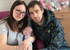 """Dziecko urodzone 4 miesiące za wcześnie wypisane ze szpitala. """"Była wielkości ludzkiej dłoni"""""""