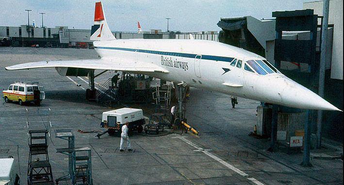 Concorde na lotnisku w Londynie w latach 80.