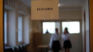 Były szef CKE apeluje, żeby odwołać egzamin ósmoklasisty.