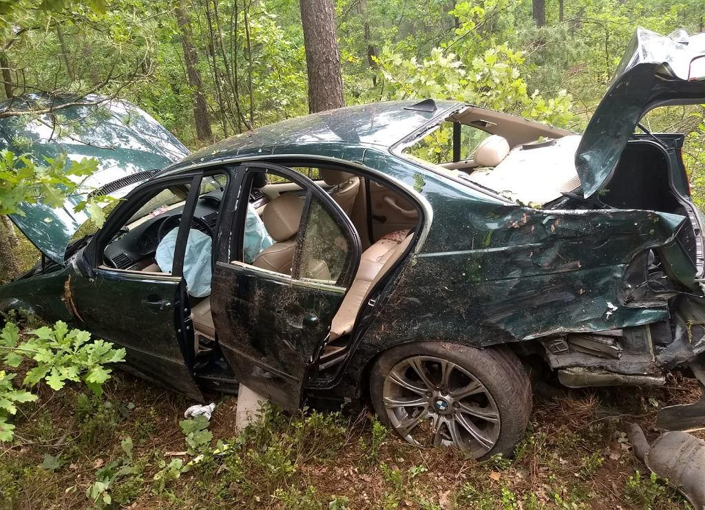 Wypadek drogowy na trasie Prusowy Borek - Wawrochy (gmina Szczytno)