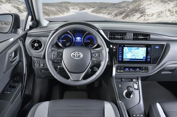 2015 Toyota Auris FL