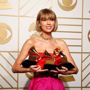 Grammy 2016 - Taylor Swift ze statuetkami