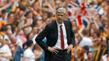 Arsene Wenger w meczu Arsenal - Hull