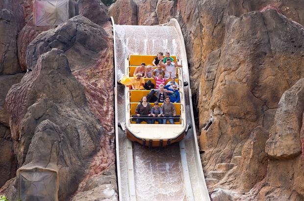 Hiszpania wakacje. Port Aventura to największy lunapark w Hiszpanii/fot. shutterstock