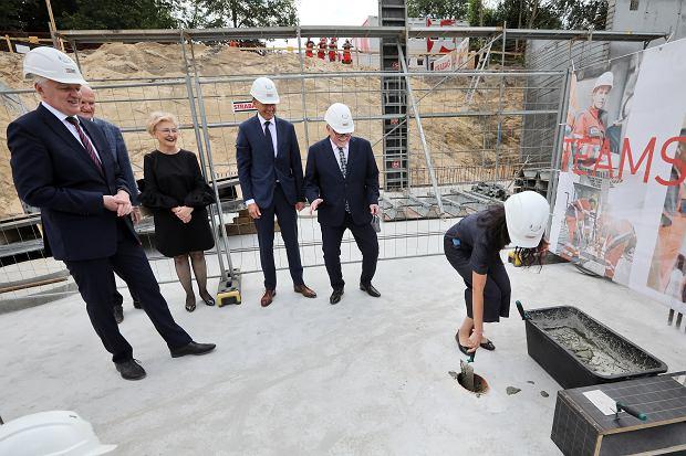 Zdjęcie numer 0 w galerii - Kamień węgielny pod Centrum Medycyny Weterynaryjnej UMK za 60 mln zł [GALERIA]