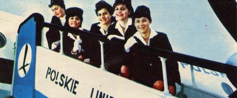 """Mówiono na nie panienki, anielice, modelki na pokładzie. """"Płaciły ogromną cenę za wykonywanie tego zawodu"""""""