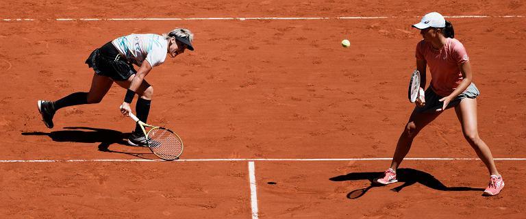 """Roland Garros ma nową królową. """"Iga Świątek nie może przejmować się takimi ludźmi"""""""