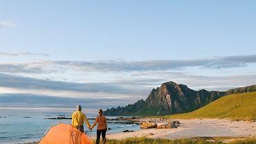 W Norwegii biwakowanie jest legalne. Można w ten sposób dużo zaoszczędzić / fot. Shutterstock