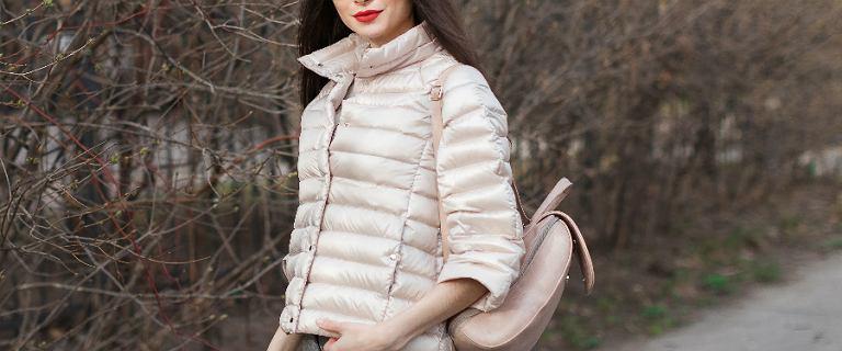 Pikowane kurtki na wiosnę. Wybieramy modele w najmodniejszych kolorach z sieciówek