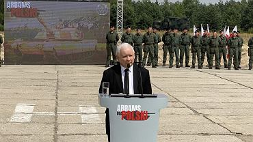 Jarosław Kaczyński informuje o zakupie czołgów Abrams.