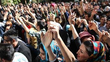 Protesty w Isfahanie po atakach na kobiety