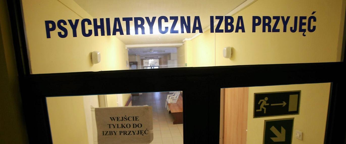 Psychiatryczna izba przyjęć (fot: Cezary Aszkielowicz / Agencja Gazeta)