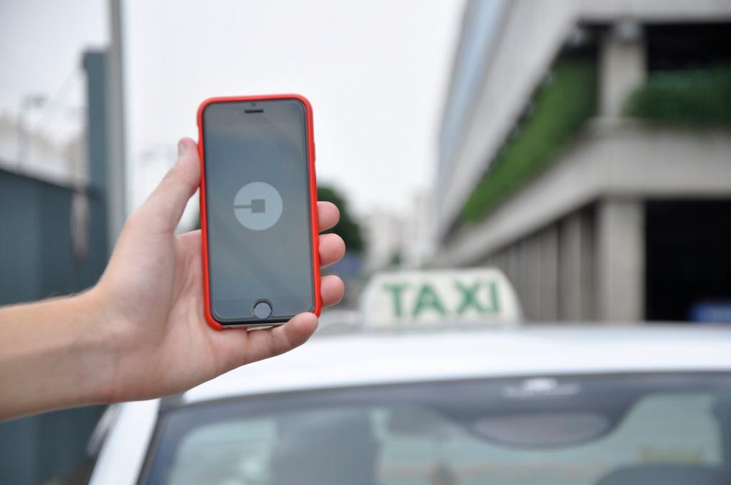 Nowe zasady dla platform kojarzących pasażerów i kierowców