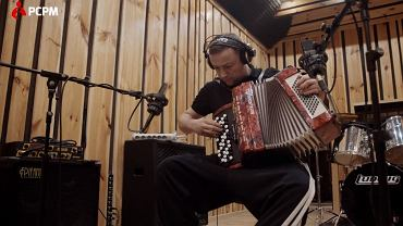 Czesław Mozil nagrał piosenkę dla uchodźców