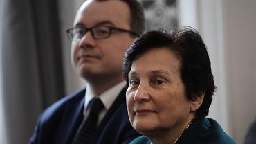 Rzecznik praw obywatelskich Adam Bodnar i Hanna Machińska. Wręczenie odznaki honorowej  'Za zasługi dla ochrony praw człowieka' . Warszawa, 7 kwietnia 2016
