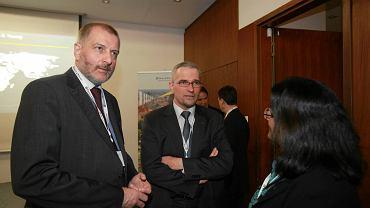 Krzysztof Sachs (z prawej) podczas spotkania z prezydentem Wrocławia Rafałem Dutkiewiczem