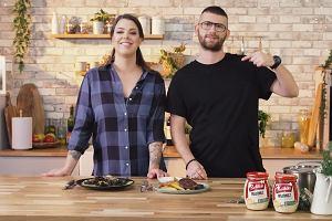 Pojedynek dań - wegetariański podpłomyk Adriany vs. stek Tomasza