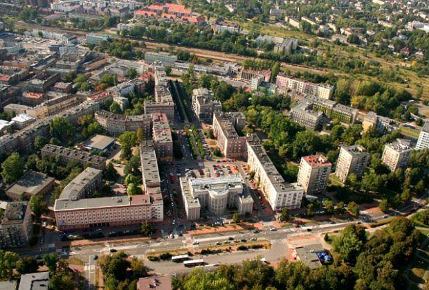 Widok z góry na aleję Zwycięstwa w Sosnowcu