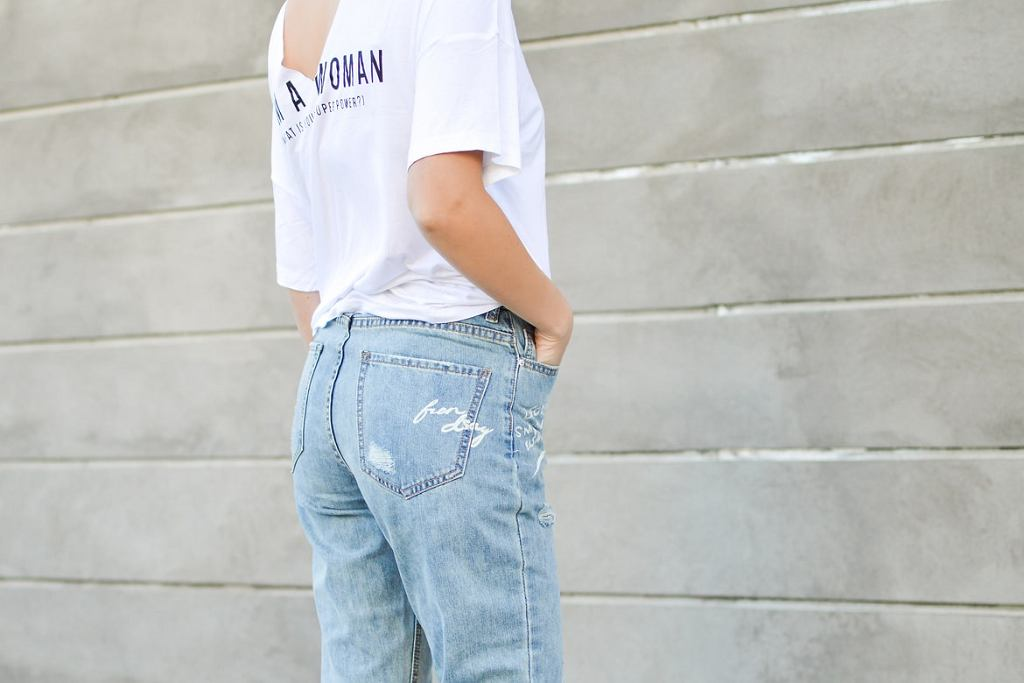 jeansy damskie, zdjęcie ilustracyjne