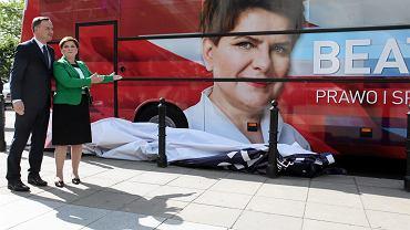 Andrzej Duda i Beata Szydło podczas inauguracji kampanii parlamentarnej PiS