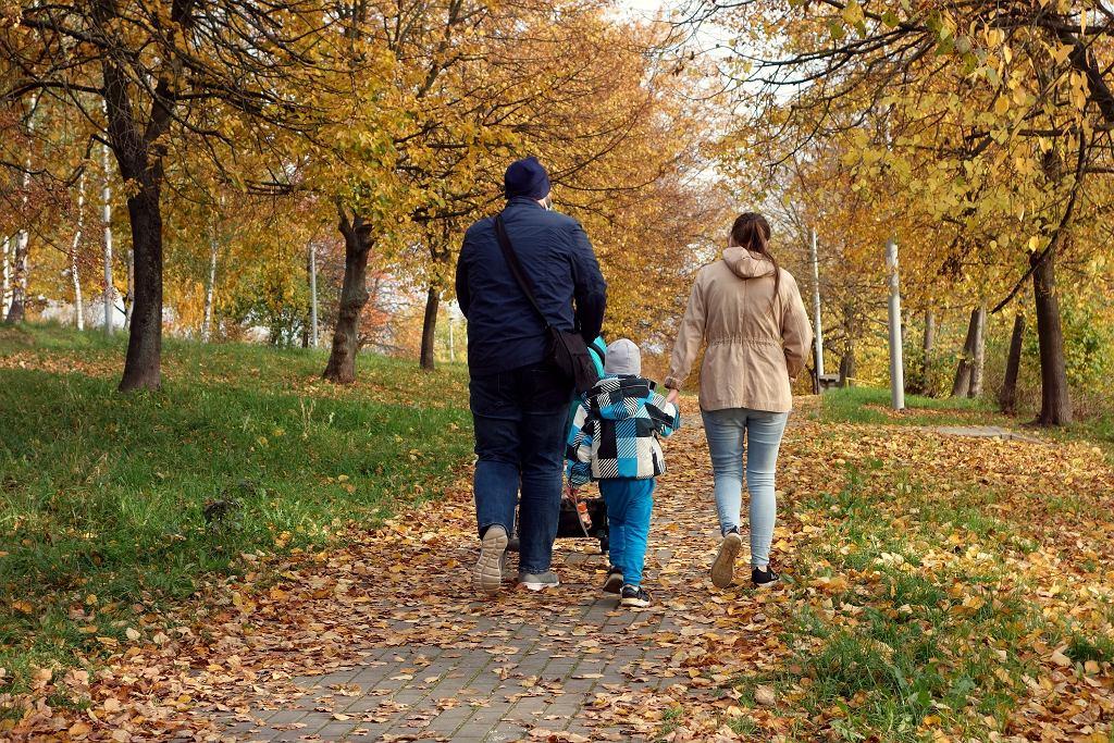 Rodzice w parku