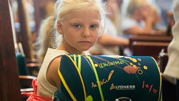 Od 1 września każde dziecko dostanie 300 złotych na wyprawkę szkolną